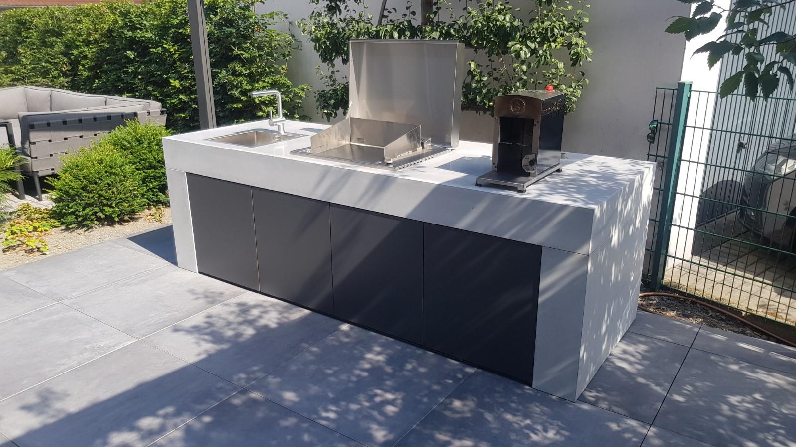 concrete-beton-outdoor-kueche-referenzen-001